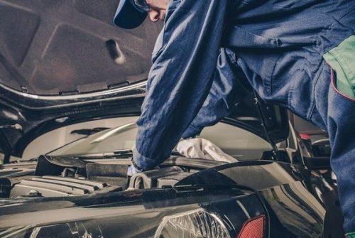 How Helpful is the Rock Chip Repair Kit is for Repairing Windshield Cracks?
