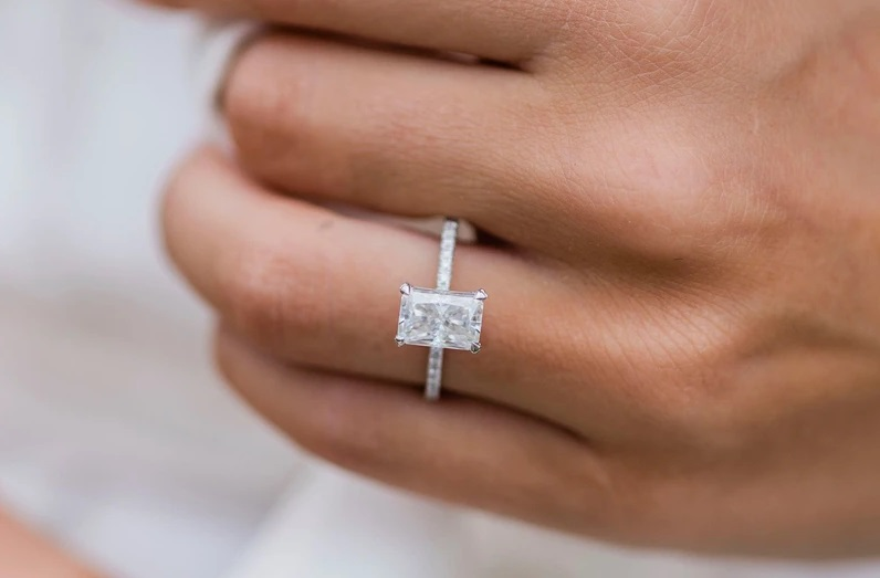 Why You Should Choose Radiant Moissanite Rings For Your Engagement?